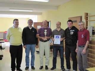 von links: Turnierleiter Bernhard Ast, Harald Immer, Michael Zunker, Norbert Frühe, Jörg Eisele und Ausrichter Erich Renschler